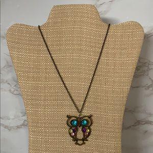 Jewelry - 3/$15 Bronze & Rhinestone Owl pendant necklace